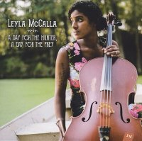 Leyla McCALLA : « A Day For The Hunter, A Day For The Pray » -  voir en grand cette image